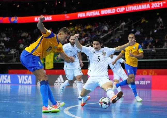 Pito na partida contra o Japão pelas oitavas de final  — Foto: Angel Martinez/FIFA