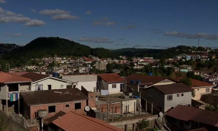 Moradores relataram ter sentido tremores de terra em Rio Branco do Sul, na madrugada desta terça-feira (14) — Foto: Reprodução/RPC