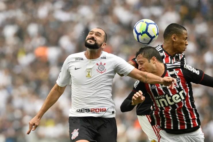 Corinthians, Botafogo, Bahia e Fluminense: risco de Z-4, mas chance de G-6 — Foto: Marcos Ribolli