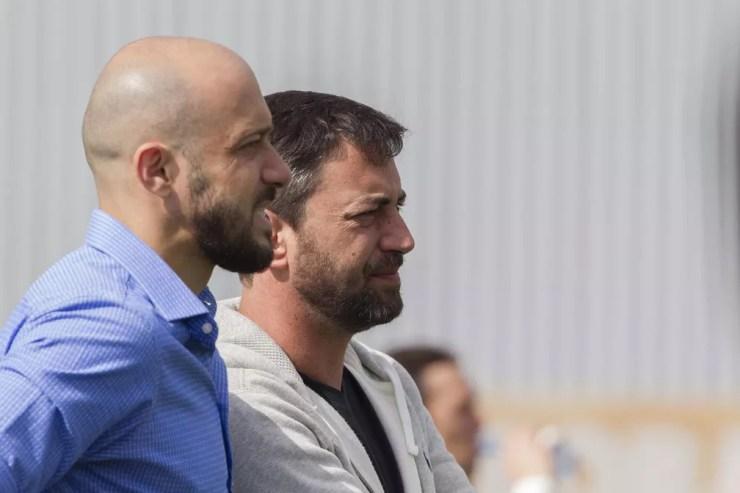 Alessandro Nunes e Duílio Monteiro Alves, responsáveis pelo futebol do Corinthians — Foto: Daniel Augusto Jr/Ag.Corinthians