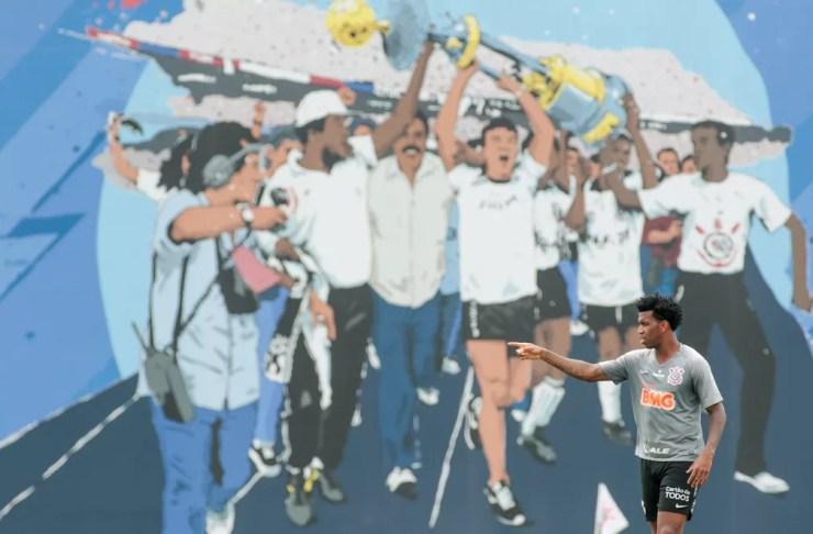 Homenagem ao título do Brasileiro de 1990 em CT do Corinthians — Foto: Rodrigo Coca / Ag.Corinthians