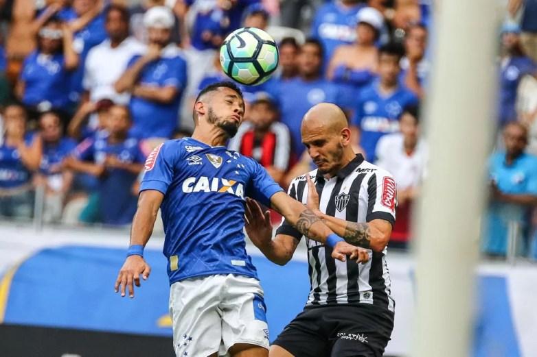 Fábio Santos já acumula 11 clássicos desde que chegou ao Galo — Foto: Bruno Cantini / Fickr do Atlético-MG