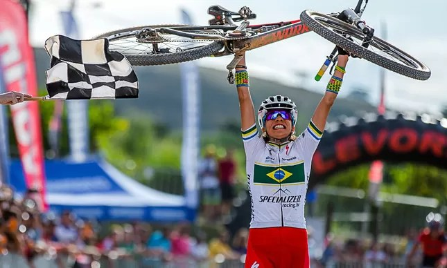 Raiza Goulão diz que espera publicação oficial para classificação da Rio 2016