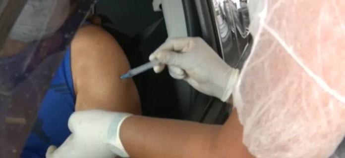 Brasil aplicou ao menos uma dose de vacina contra Covid em mais de 28,7 milhões de pessoas — Foto: Reprodução Rede Amazônica