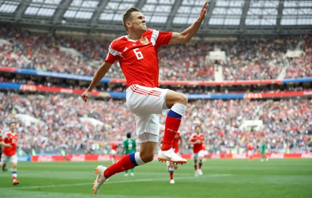 Cheryshev foi escolhido o melhor jogador da estreia da Rússia na Copa do Mundo (Foto: Reuters)