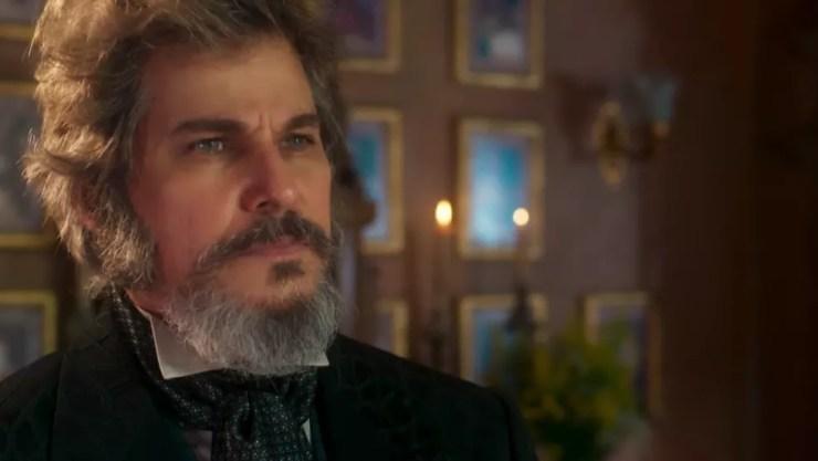 Dom Sabino fica perplexo com a ousadia da primogênita (Foto: TV Globo)