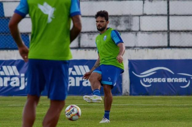 Norberto vive a expectativa de mais um clássico contra o CRB — Foto: Augusto Oliveira/CSA