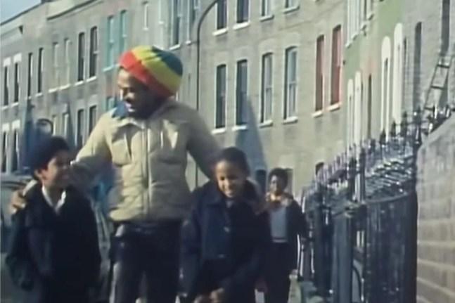 Bob Marley no clipe de 'Is this love' — Foto: Reprodução