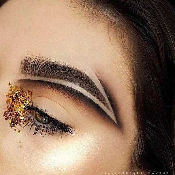 Sobrancelha definida por @taylorbaker_makeup (Foto: Reprodução Instagram)