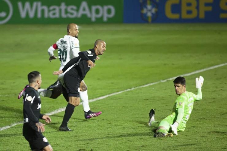 Ytalo foi o destaque do Bragantino e fez os três gols contra o Palmeiras — Foto: Diogo Reis/AGIF