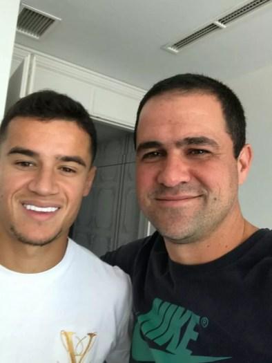 Philippe Coutinho e André Jardine, auxiliar do São Paulo — Foto: Reprodução