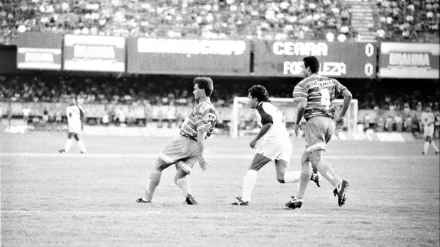 Ceará x Fortaleza no Campeonato Cearense de 1994 (Foto: Agência Diário)