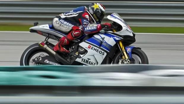 jorge_lorenzo_motogp_malasia_efe_tratada - MotoGP: Jorge Lorenzo larga na pole no GP da Malásia.