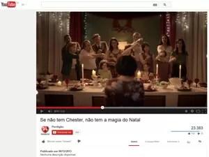 Chester (Foto: Reprodução/YouTube)