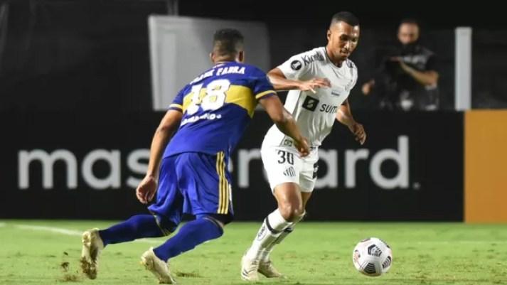 Lucas Braga em Santos x Boca