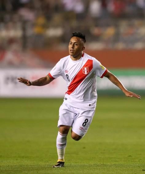 Cueva pode perder lugar no São Paulo para Lucas Fernandes (Foto: EFE)