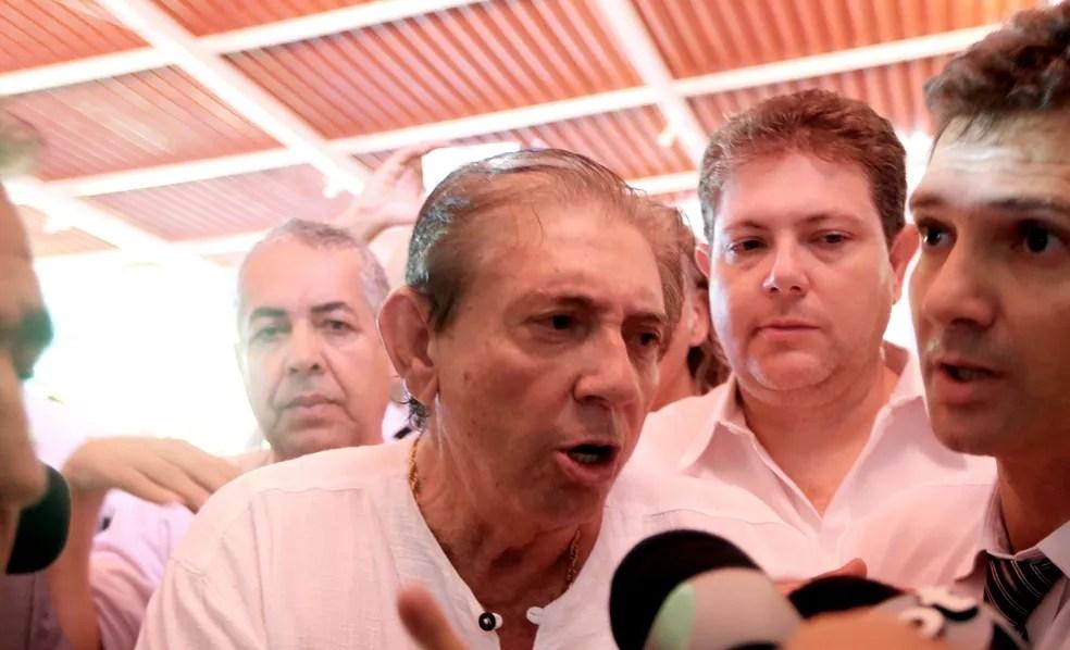 João de Deus aparece em público pela primeira vez após denúncias de abuso sexual — Foto: ERNESTO RODRIGUES/ESTADÃO CONTEÚDO