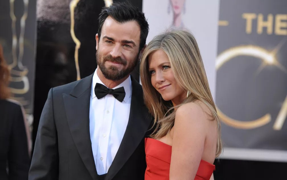 Justin Theroux e Jennifer Aniston chegam ao Oscar 2013 (Foto: AP )