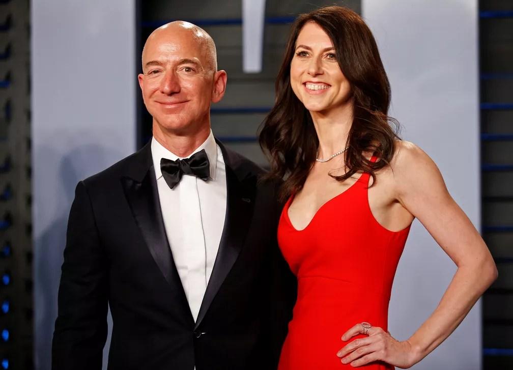 Jeff e MacKenzie Bezos: divórcio rendeu a ela 4% das ações da Amazon, que valem hoje US$ 56,9 bilhões — Foto: Danny Moloshok/Foto de arquivo/Reuters
