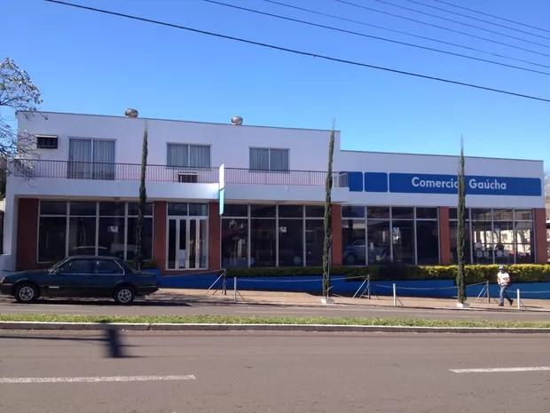 Concessionária fica em Estrela, no Vale do Taquari (Foto: Luciane Kohlmann/RBS TV)
