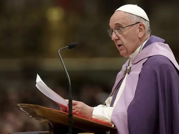 papa-franscico Papa pede maior compreensão com famílias não tradicionais