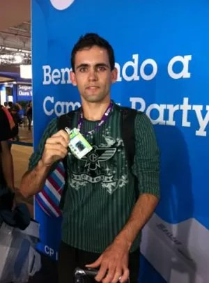 Huziel Santos foi o primeiro da fila para entrar na Campus Party (Foto: Laura Brentano/G1)