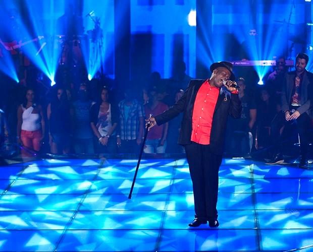 Dom Paulinho Tira-Teima dia 2 the voice (Foto: Fabiano Battaglin/The Voice Brasil)