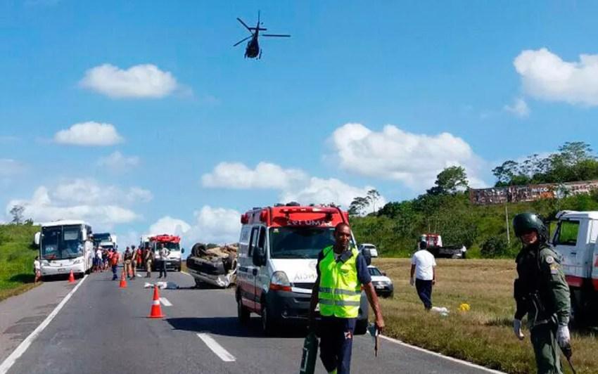Acidente aconteceu na tarde deste domingo (Foto: Divulgação/Graer)