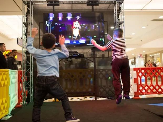 Jogos musicais, como Just Dance, também estão disponíveis na Exposição Super Games. (Foto: Super Games/Divulgação)