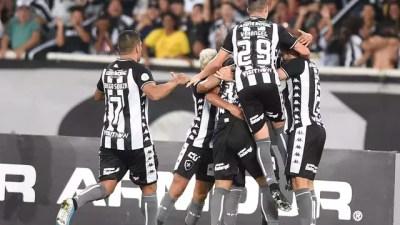 Botafogo venceu o CSA por 2 a 1
