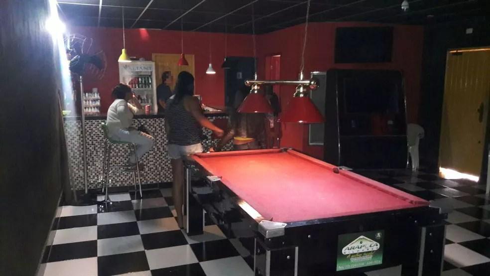 Local funcionava como um bar em um imóvel na Ponta da Praia, em Santos, SP (Foto: Divulgação/Polícia Civil)