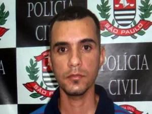 Erik Leite de Carvalho confessou ter espancado menina até a morte (Foto: Reprodução/TV Tribuna)