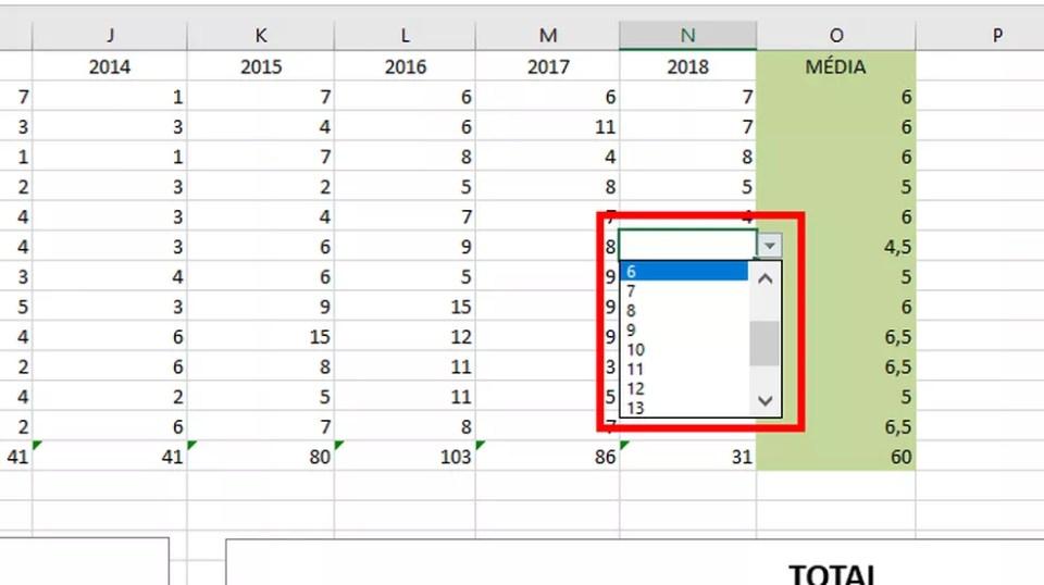 Uma caixa de seleção com as opções da coluna seleciona passará a ser exibida (Foto: Reprodução/Daniel Ribeiro)