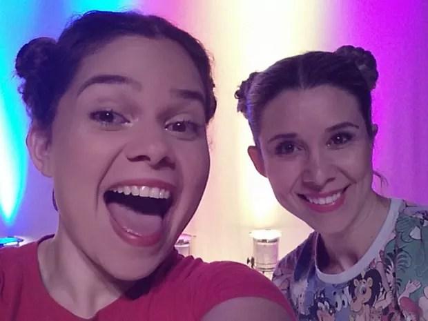 Espetáculo Liga/ Desliga conta com a participação de duas dançarinas (Foto: Divulgação)