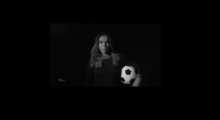 Marta em vídeo divulgado pela Neo Química sobre a parceira  — Foto: Reprodução