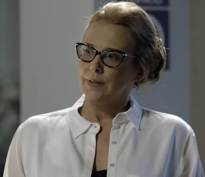Emília faz planos contra Felipe (Foto: TV Globo)