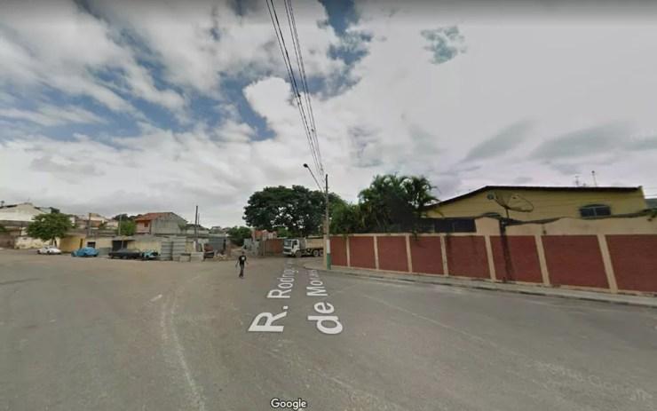 Rua Rodrigo Carlos de Morais, no Itaim Paulista, Zona Leste, onde um suspeito foi morto por um guarda durante assalto — Foto: Reprodução/Google Maps