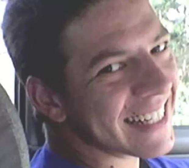 Rocky Matskassy (foto) já estaria morto quando Daniel Darrington fez o disparo (Foto: Reprodução/YouTube/7 News)