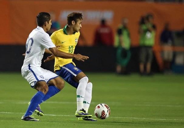 O Brasil entra em campo na noite de terça, dia 19, em Toronto, no Canadá, em amistoso contra o Chile (Foto: Mowa Press)