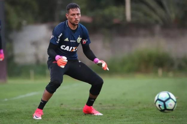 Diego Alves será titular contra o Corinthians (Foto: Gilvan de Souza/Flamengo)