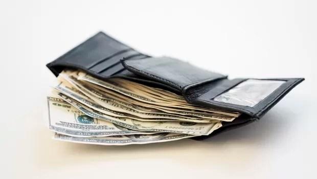 Carteira; dinheiro; riqueza; dólar; finanças (Foto: Thinkstock)