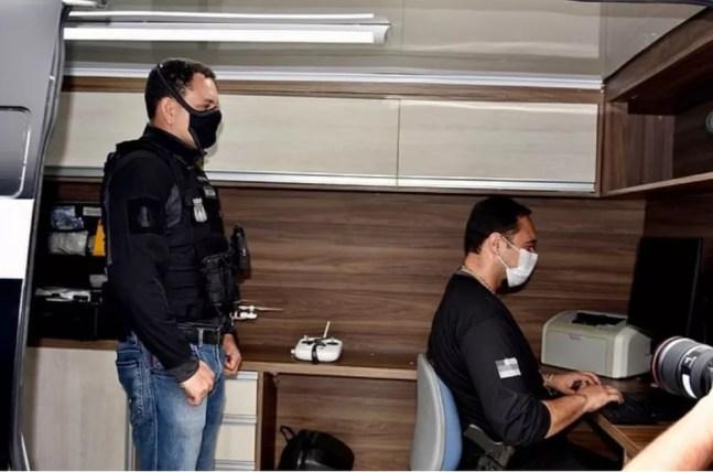 Van foi entregue para a DEHS em dezembro de 2020 e deveria ser usada em locais de crimes — Foto: Polícia Civil