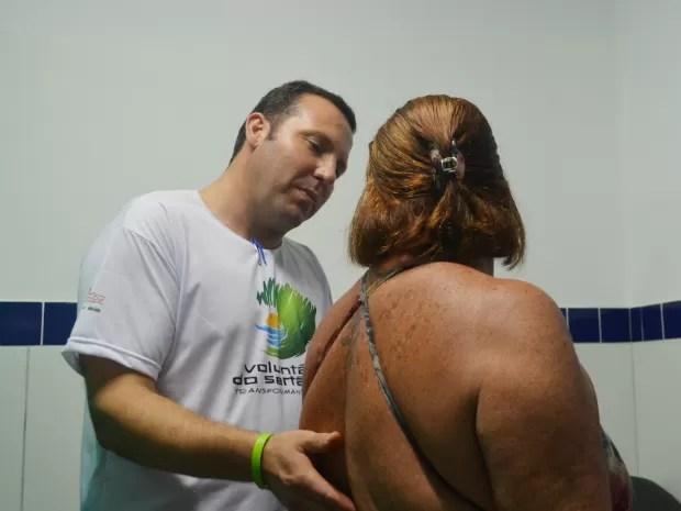 O ortopedista Leandro Guimarães, participante do projeto Voluntários do Sertão (Foto: Rodolfo Tiengo/G1)