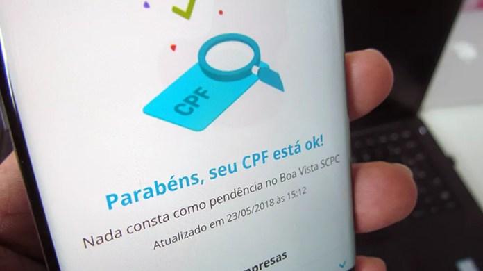 GuiaBolso permite monitorar pendências no CPF (Foto: Paulo Alves/TechTudo)