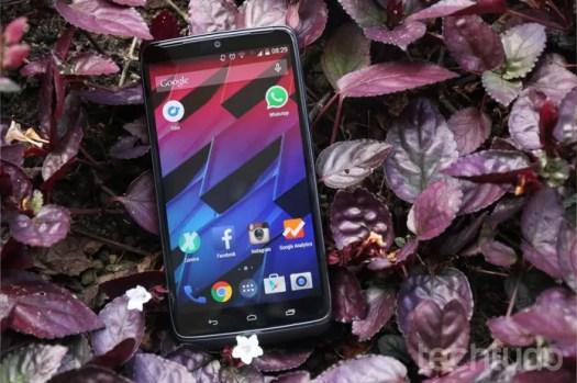 Tela do Moto Maxx tem 5,2 polegadas (Foto: Lucas Mendes/TechTudo)