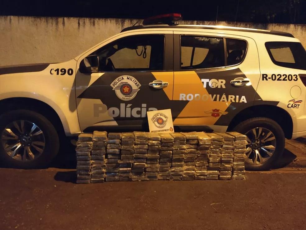 Tabletes de cocaína apreendidos pela polícia — Foto: Cedida/Polícia Rodoviária