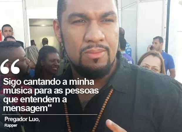 Pregador Luo cantou na Marcha (Foto: Carolina Dantas/G1)