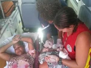 Bebê, do sexo masculino, nasceu sem complicações (Foto: Divulgação / Bombeiros)