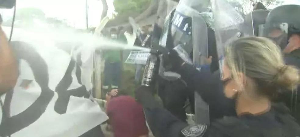 Ato ocorreu na Comcap na tarde desta terça-feira em Florianópolis — Foto: Reprodução/ NSC TV