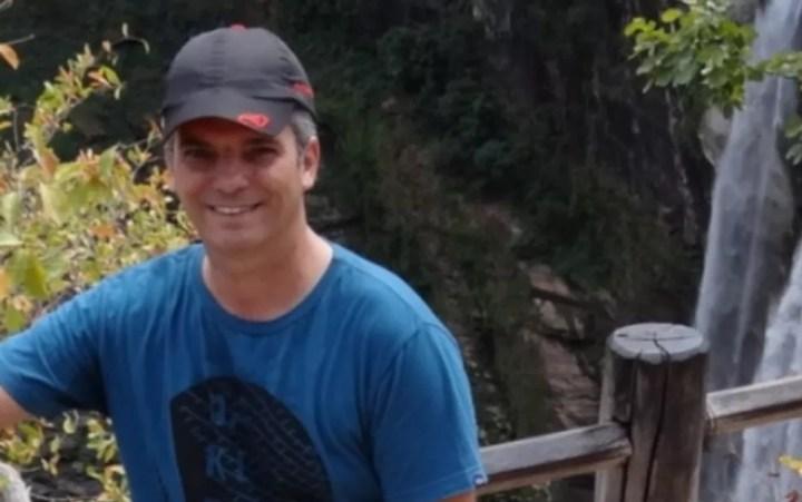 Bruno Pires de Oliveira, de 41 anos, era coordenador de escola e foi morto por aluno em Águas Lindas de Goiás, segundo a polícia — Foto: Sintego/Divulgação